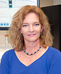 Elaine Mardis, PhD, is co-director of Washington University's Genome Institute. She is using genomic analysis techniques to study cancer.