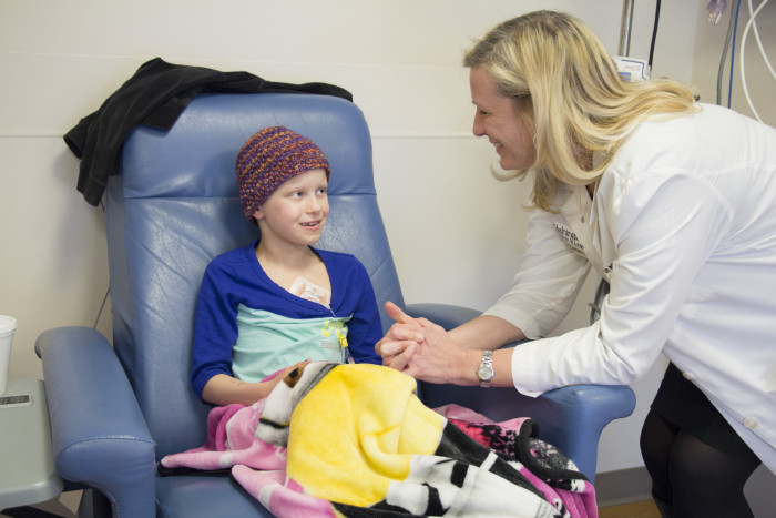 how to become an pediatric oncology nurse